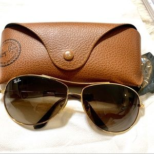 Ray-ban aviators in very good condition